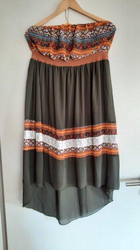 Trägerlose Vokuhila Kleid