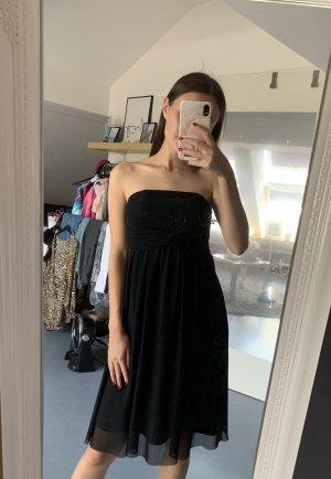Trägerloses Abendkleid