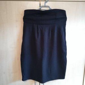 Trägerloses Kleid Hallhuber schwarz 40