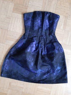 Trägerloses Kleid in schwarz und blau