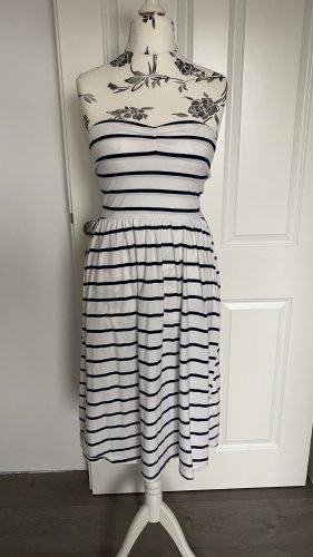 Trägerloses Kleid mit streifen