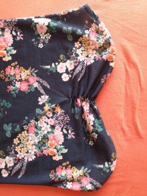 Trägerloses Kleid Ungetragen
