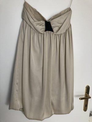 Trägerloses Kleid von ZARA