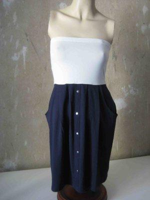 trägerloses Kleid weiß-dunkelblau von Vero Moda - sporty Look