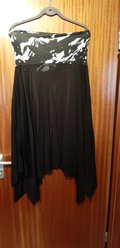 Trägerloses Kleidchen