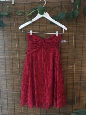 Trägerloses rotes Kleid Sommerkleid mit Spitze