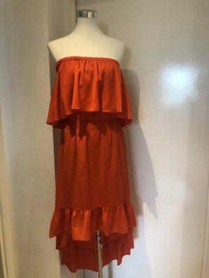 Trägerloses, schulterfreies Kleid