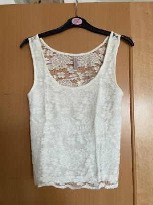 FB Sister Crochet Top white