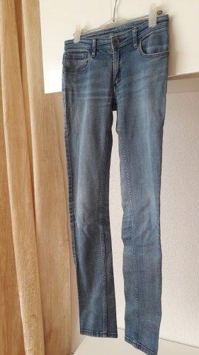 trändige Mädchen Jeans Hose von Adidas Neo SKINNY W 26 / L 32