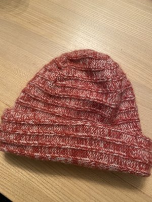 Sisley Knitted Hat red-white