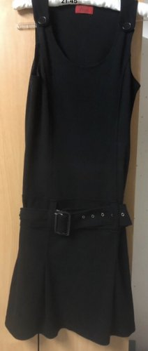 Vivien Caron Pencil Dress black