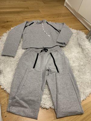 Twin set in maglia nero-grigio