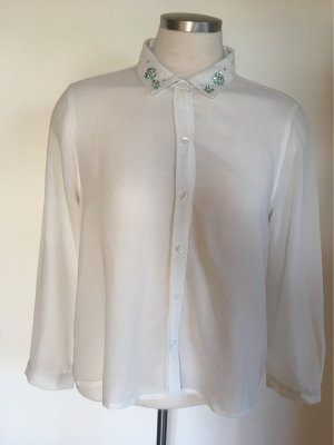 Transparente Bluse mit Applikationen am Kragen