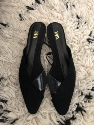 Zara Sandalo con tacco nero