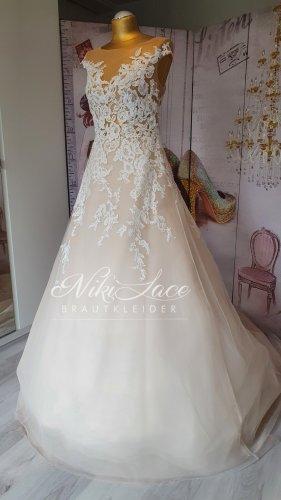 Robe de mariée multicolore
