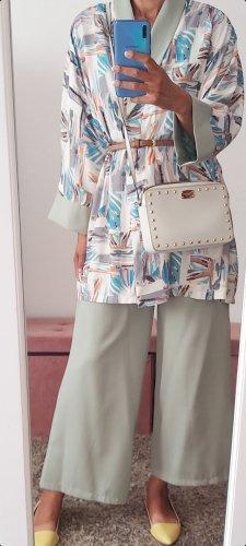 Tailleur-pantalon blanc-vert menthe