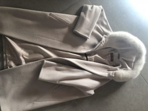 Max Mara Manteau à capuche blanc cassé