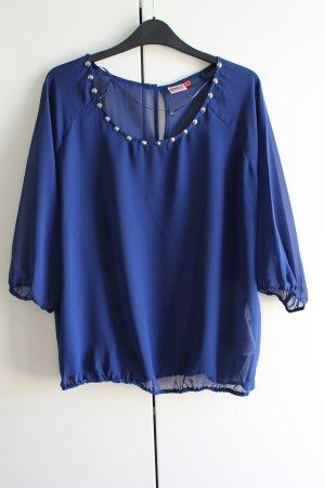 Traumhafte blaue Bluse