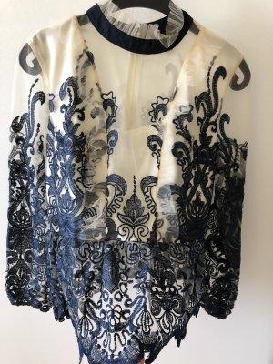 Traumhafte bluse mit Tatoospitze
