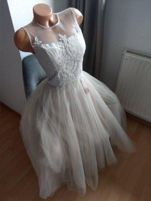 Traumhaftes Kleid Chi Chi London S Hochzeit Standesamt Abiball