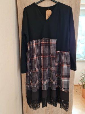 Vestido de lana negro-rojo