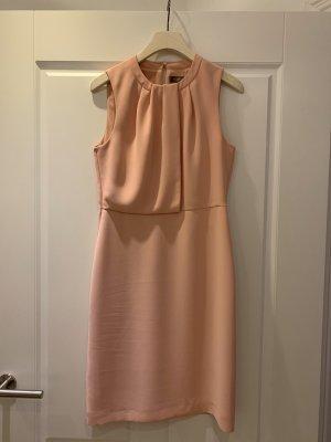 Traumhaftes Kleid rosé