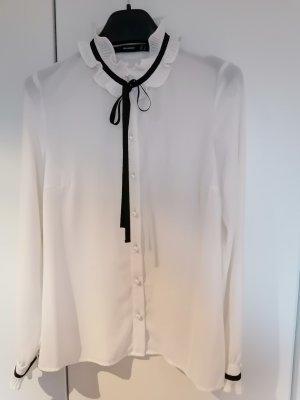 Traumschöne Bluse von Hallhuber mit Schleife