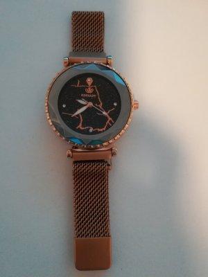 Traumschöne goldene Armbanduhr