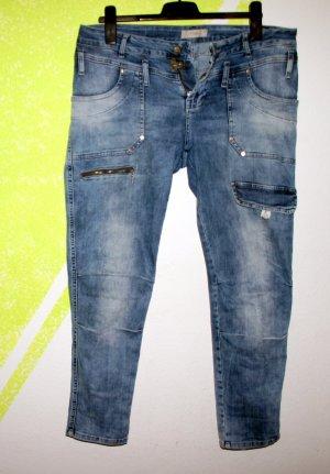 Tredy Jeans Stretch Gr 44