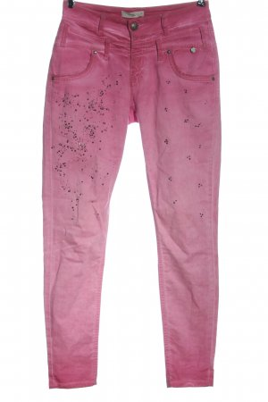 Tredy Tube Jeans pink casual look