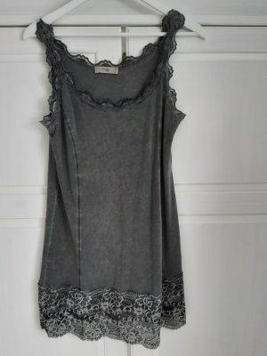Tredy süße Spitzen-Bluse ohne Arm in dunkelgrau, Gr. 40