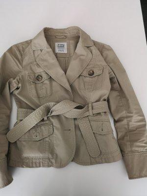 Trench Jacke oder Blazer