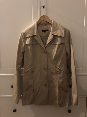 Review Trench beige