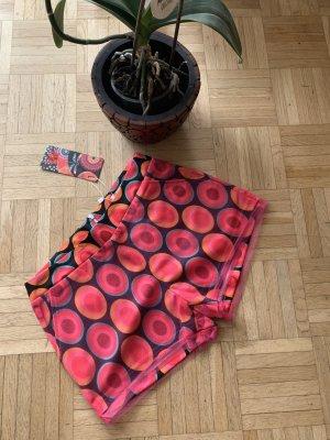 TREND!!! Peppige Damen Shorts/Pants - Pink/Red - Größe M/L 38/40 -