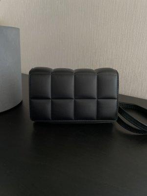 Trend Umhängetasche Tasche in schwarz