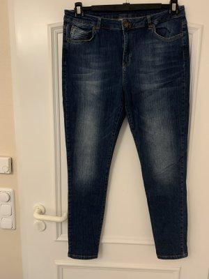 Trendige Jeans der Extraklasse