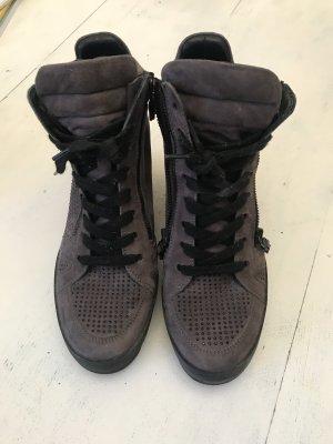 Trendige Keilsneakers,