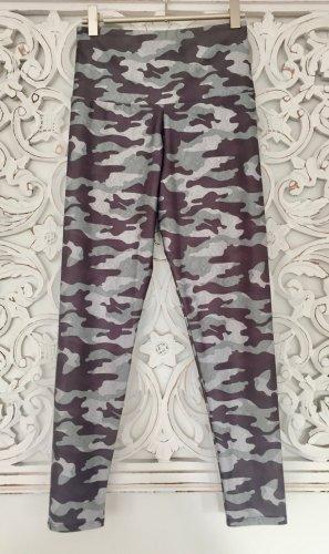 trendige Sport Yoga Leggings Tights von ONZIE * Camouflage * Gr. S * NEU