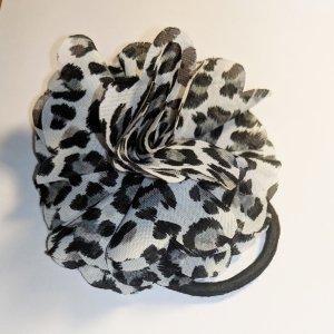 Trendiger Animalprint Haargummi (Blume)