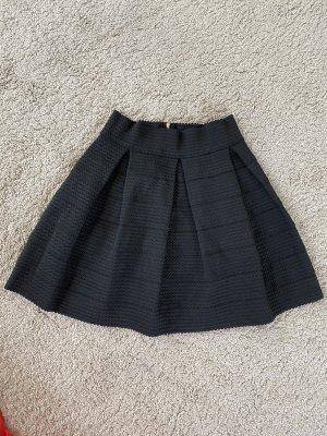 Charlotte Russe Tulip Skirt black