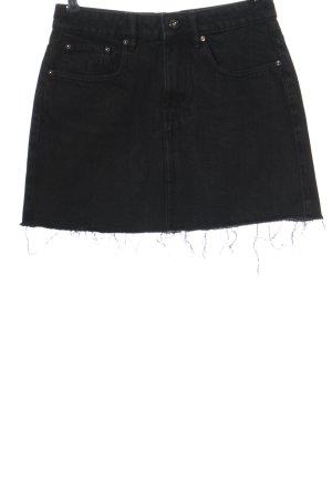 TRF Denim Minifalda negro look casual