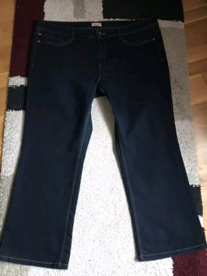 Triangle Jeans