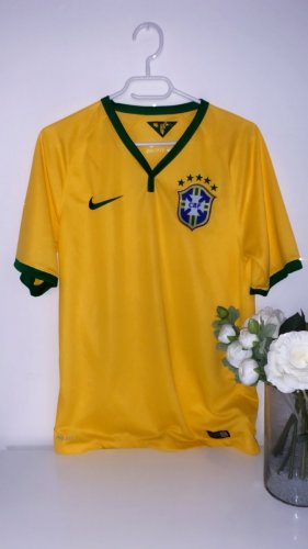 Trikot gelb sport gym fitness fussball Brasilien