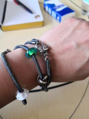 Trollbeads Lederarmband mit 5 beads und einen verschluss