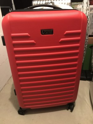 Valise rouge foncé