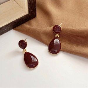 tropfenförmig Ohrringe vintage retro Stil dunkel rot