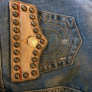 True Religion Jeans Gr. 36 mit Nieten