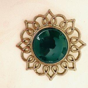 True Vintage Broche color plata-verde bosque