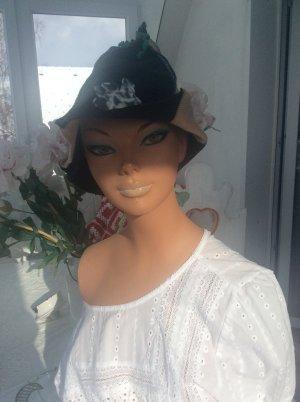 Cappello a punta nero-beige