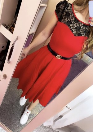 Vintage Sukienka z halką czarny-czerwony